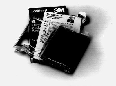 3M 4-E Scotchcast 10.4 oz Electrical Insulating Resin