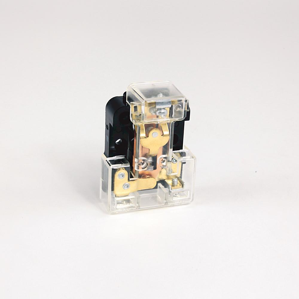 Allen-Bradley 836-N25 Isolating Trap - Two 1/4 Inch Male Pipe Fittings