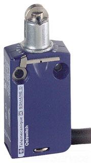 SQD XCMD2102L2 LIMIT SWITCH 240VAC