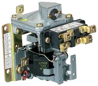 SQD 9050AO10EV02 PNEUMATIC TIMER 600V 15AMP A +OPTIONS