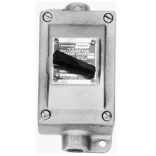 Crouse-Hinds Series EDS218 2-Pole 1-Gang 20 Amp 120/277 VAC Iron Alloy Dead End Snap Switch Control Station