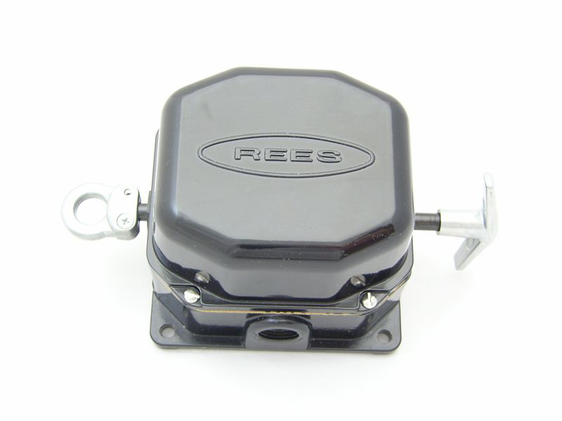 Rees,04944-500,Cable Operated Switch,Rees,Slack CBL,CNT Configuration: NO + NC,3.900 IN HT