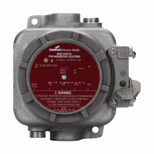 Eaton Crouse-Hinds series GUSC snap switch