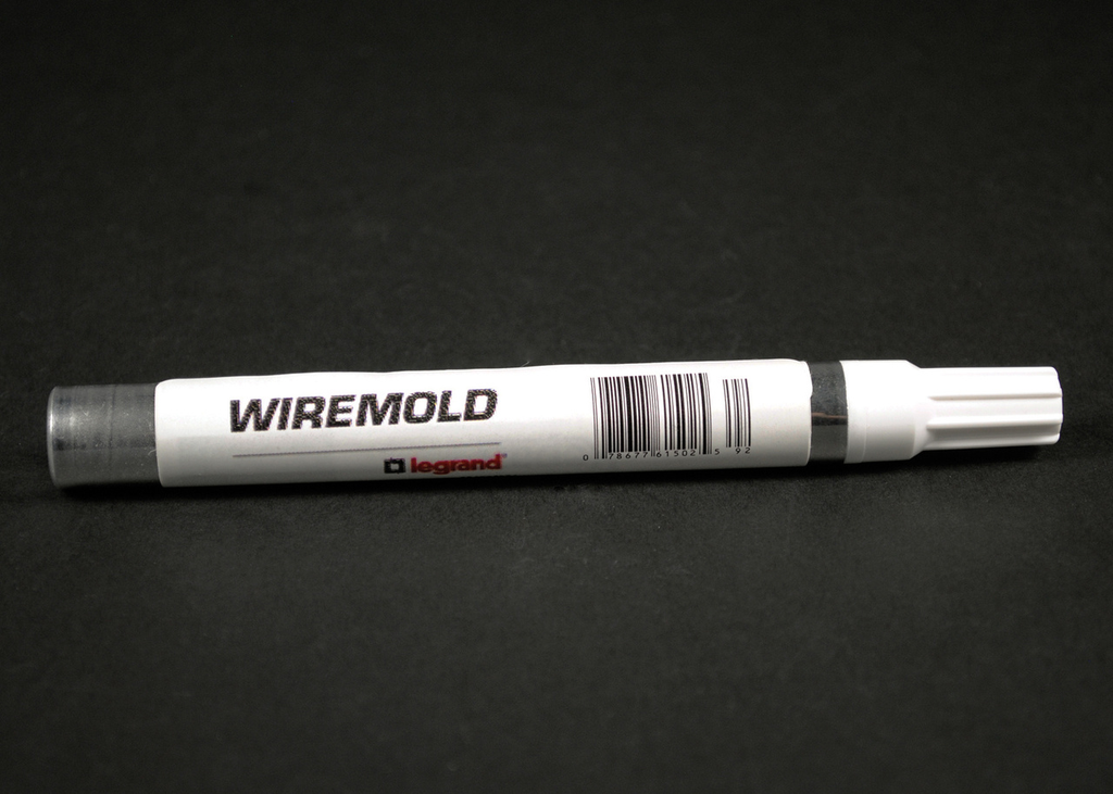 Wiremold IWE-P Raceway Touch-Up Paint Pen - Ivory
