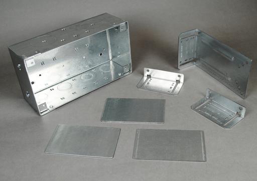 WallSource 4-Gang Box, Divider and Mounting Brackets