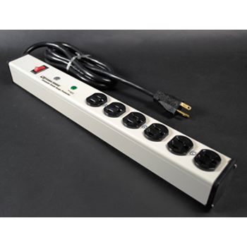 Plug-In Outlet Center Unit / 120V/20A/6 O/L /lighted switch/15' cord/Computer Grade Surge M620BZLS-15