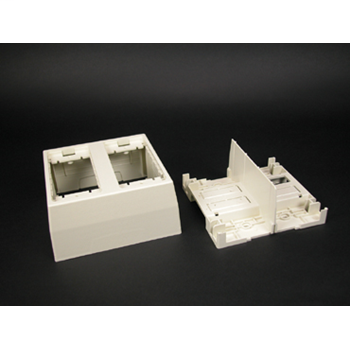 Wiremold 2344SD-2A 4-3/4 x 4-7/8 x 2-1/4 Inch Ivory Non-Metallic 1-Channel Raceway 2-Gang Deep Divided Device Box