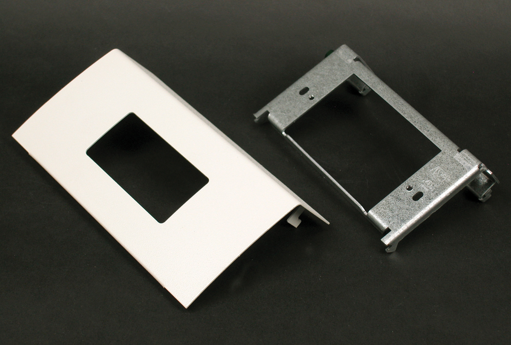 DS4000 Single Channel Decorator Device Plate Fitting