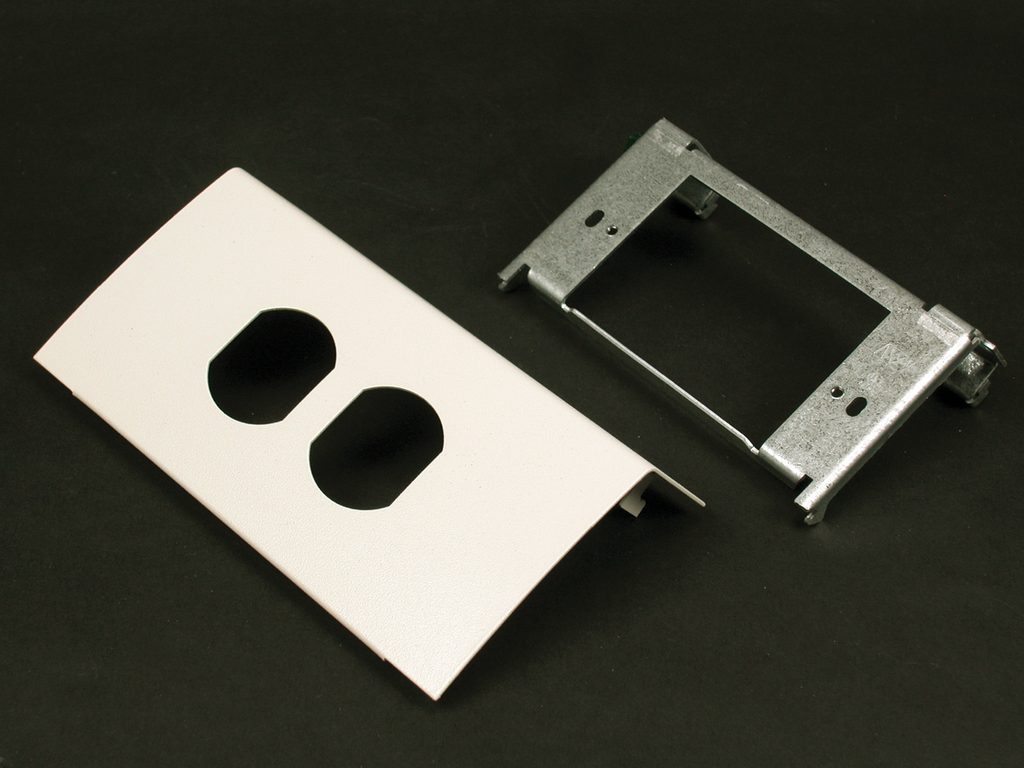 DS4000 Single Channel Duplex Device Plate Fitting