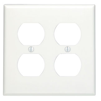 LEVITON 88016 2GANG WHITE DOUBLE DUPLEX RECEPTACLE WALLPLATE