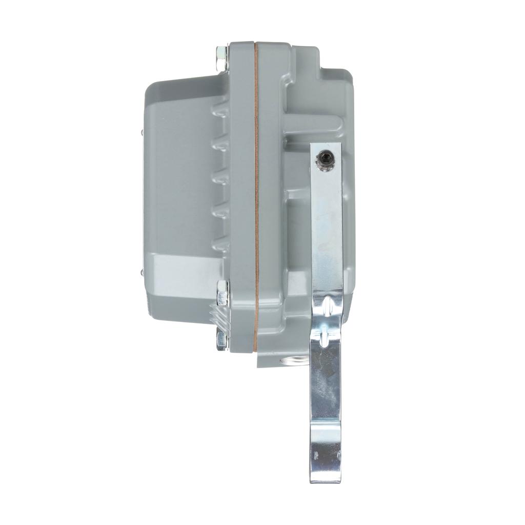 Float switch, open tank, NEMA 4, pedestal mounted, 2 NC, DPST DB contacts, 1 HP