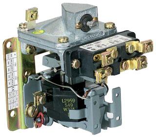 SQD 9050AO10EV06 PNEUMATIC TIMER 600V 15AMP A +OPTIONS