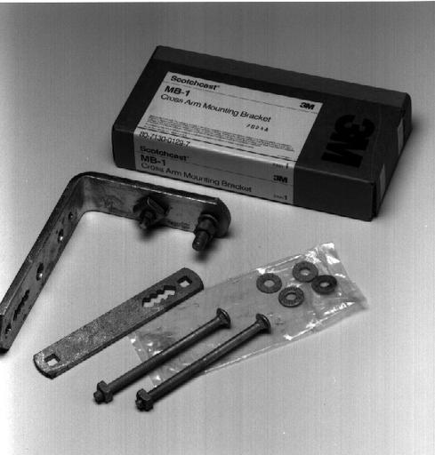 3M™ Cross-Arm Mounting Bracket MB-1, galvanized steel, 10 /Case