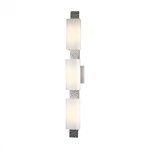 HUF 207697-82-G441 DIRECT WIRE WALL SCONCE WITH GLASS OPTIONS. ALUMINUM. ADA COMPLIANT.